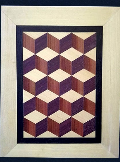 Bild aus Holz mit 3D-Würfeln