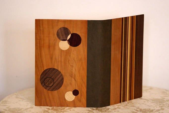 Mappe für Unterlagen mit Einlegearbeiten aus Holz