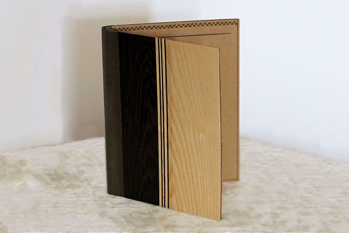 Aufbewahrung für Schreibunterlagen, Notenblätter oder Briefpapier