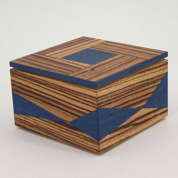 Box aus Holz - Modell Intarsie-Figura